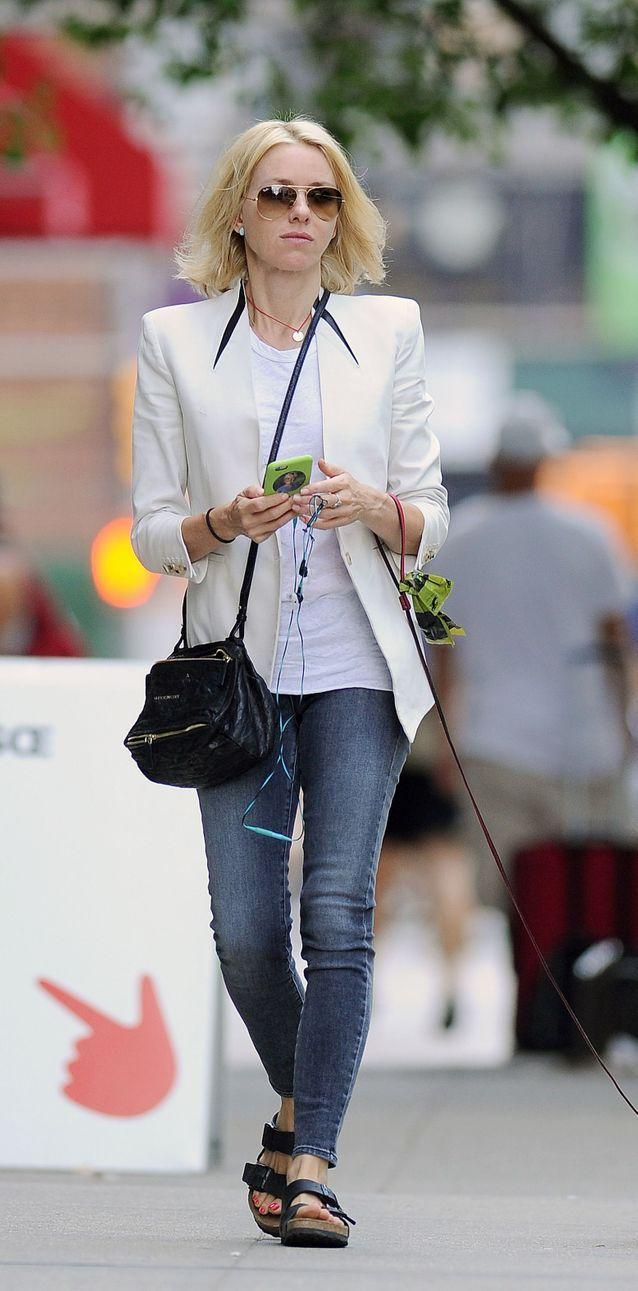 Naomi Watts en jean