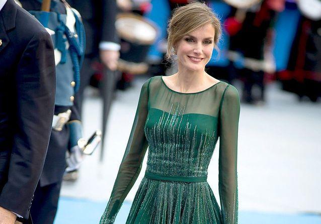 Letizia d'Espagne, dans le dressing de la nouvelle reine d'Espagne
