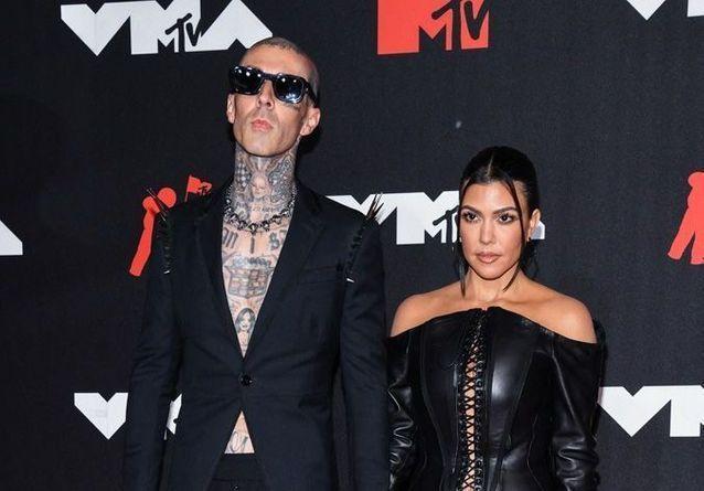 Alicia Keys, Rita Ora, Kourtney Kardashian : le tapis rouge des MTV VMAs 2021