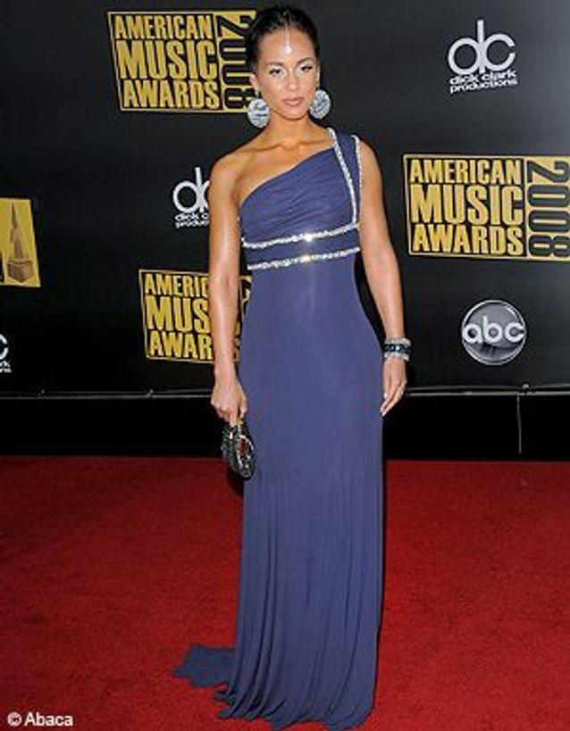 People_tapis_rouge_american_music_awards_alicia_keys