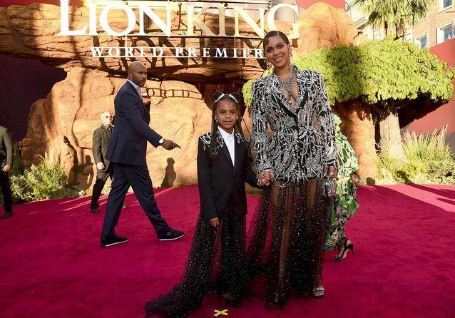 Beyoncé et sa fille Blue Ivy font sensation avec les Destiny's Child à l'avant-première du Roi Lion