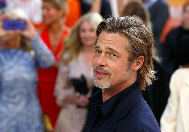 Brad Pitt est-il en train de relancer la coupe mulet ?