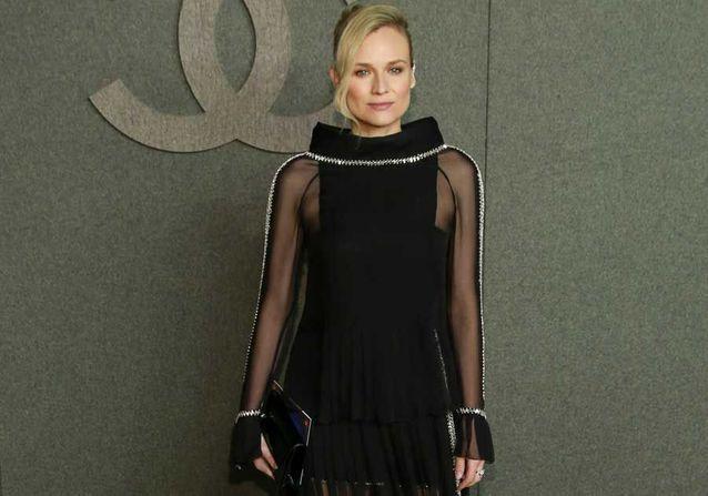 Diane Kruger rayonnante au défilé Chanel un mois après avoir donné naissance à son premier enfant