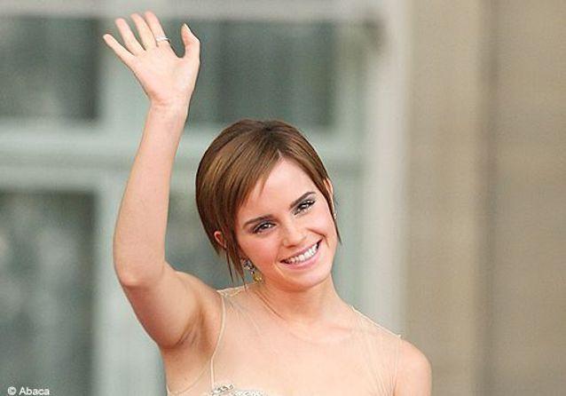 """Emma Watson ensorcelle l'avant-première de """"Harry Potter"""""""
