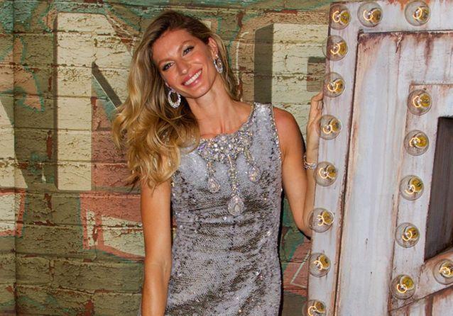 Gisele Bündchen, star du dîner pour la nouvelle campagne du parfum Chanel N°5