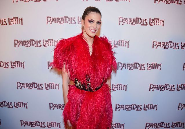 Iris Mittenaere : L'Oiseau Paradis fait le show face aux Miss France, Cristina Cordula et Anthony Colette