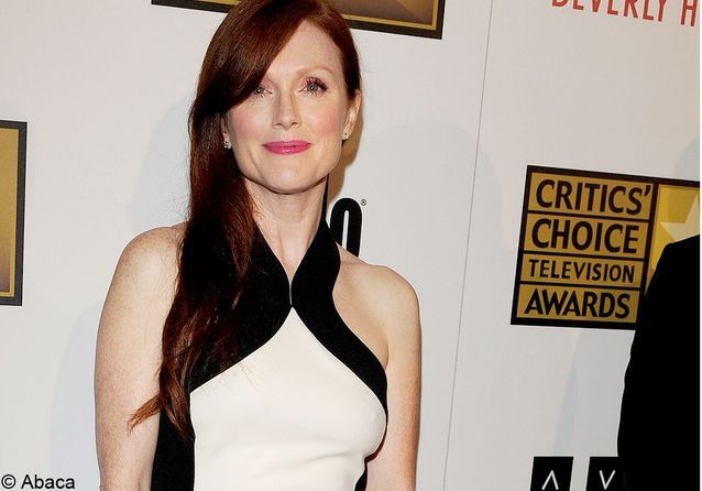 Julianne Moore, radieuse aux Critic's Choice Awards