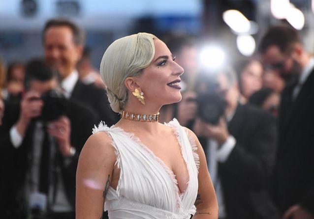 Lady Gaga, Emily Blunt, Emma Stone : les looks les plus impressionnants des SAG Awards