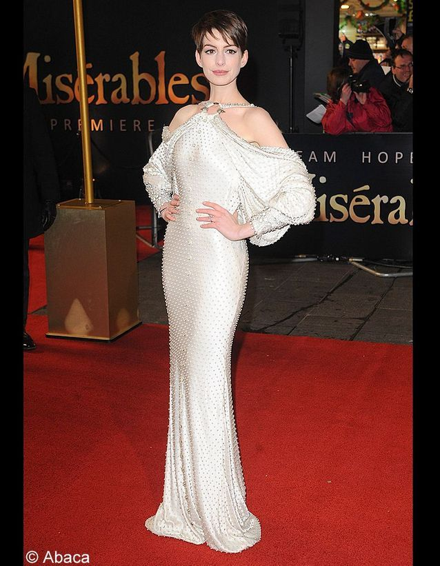 Anne Hathaway en Givenchy