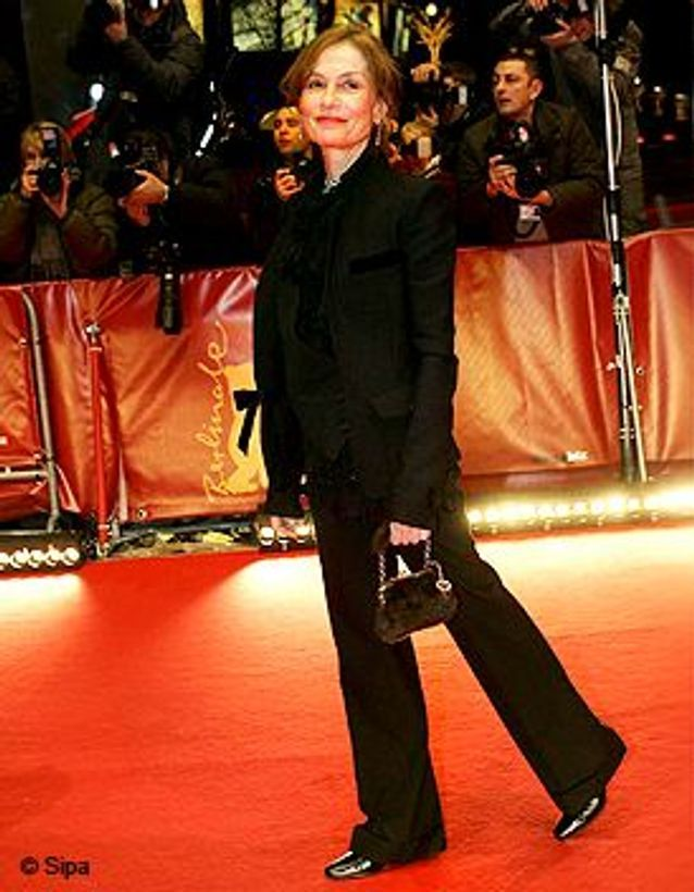 People_best_dressed_vote_election_mieux_habilee_isabelle_huppert