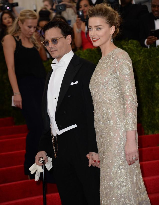 Johnny Depp et Amber Heard en Ralph Lauren et Giambattista Valli