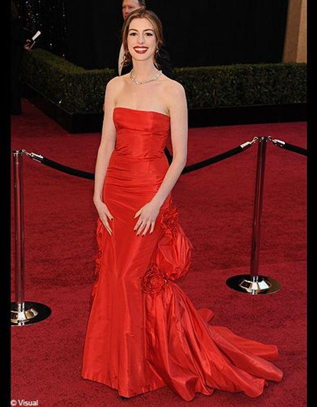 Anne Hathaway en Valentino