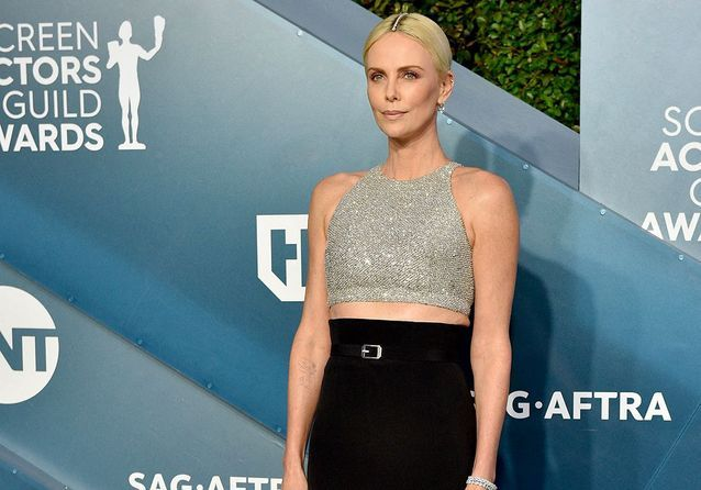 SAG awards : Charlize Theron, Jennifer Aniston, Leonardo DiCaprio… Les plus beaux looks de la soirée