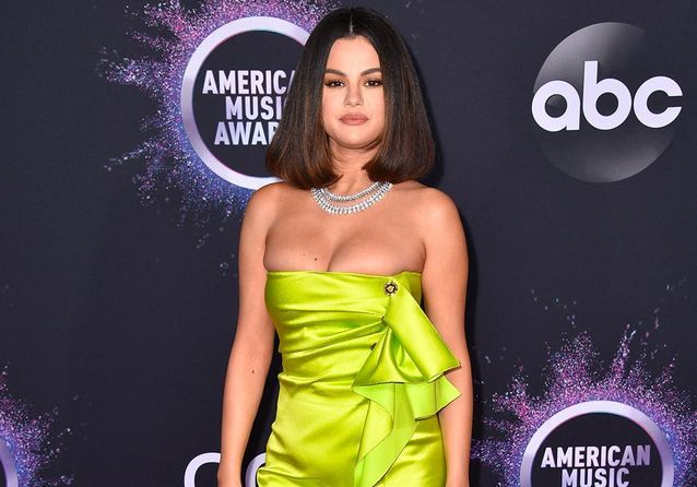 Selena Gomez, Taylor Swift, Camila Cabello : les meilleurs looks des American Music Awards