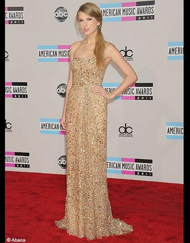 People tapis rouge american music awards taylor swift