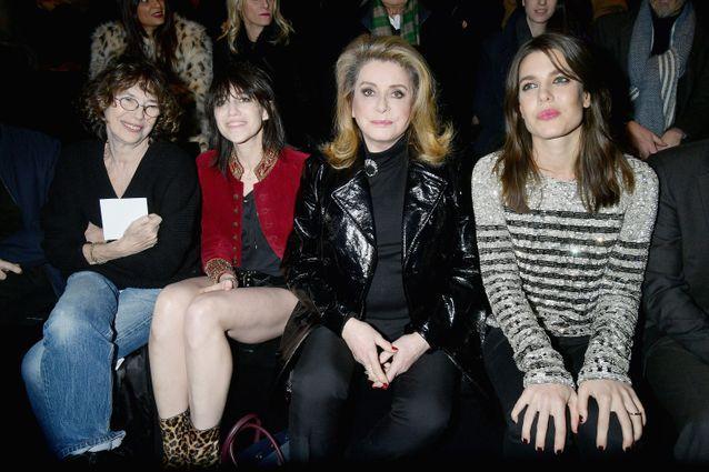 Jane Birkin, Charlotte Gainsbourg, Catherine Deneuve et Charlotte Casiraghi