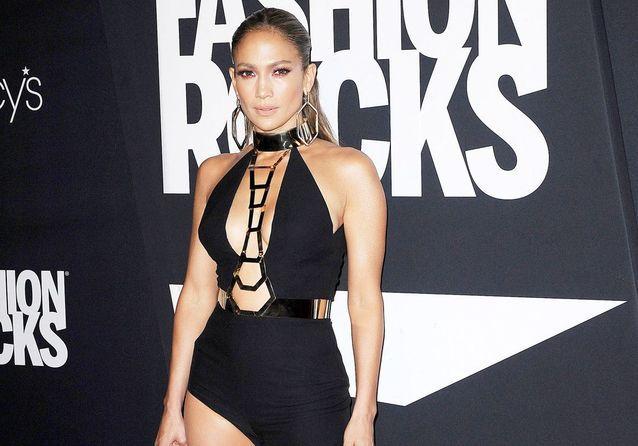 J. Lo et Naomi Campbell très sexy pour la soirée Fashion Rocks !
