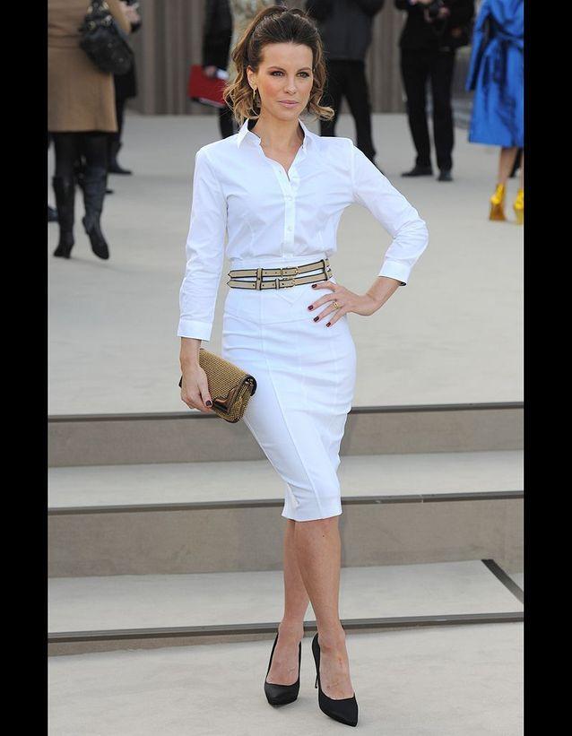 Kate Beckinsale au défilé Burberry Prorsum automne-hiver 2013-2014