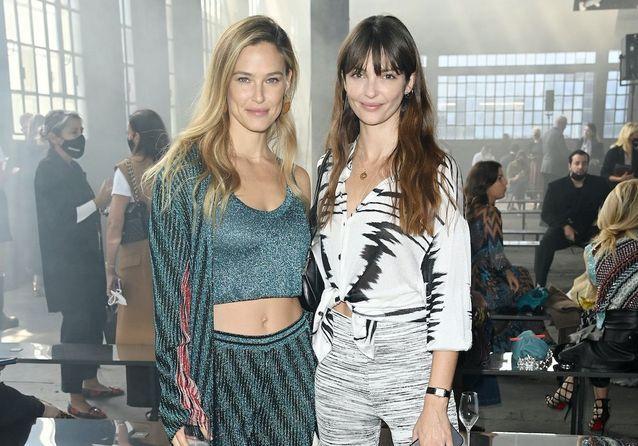 Tina Kunakey, Chiara Ferragni, Ashley Benson : les stars à la Fashion Week de Milan