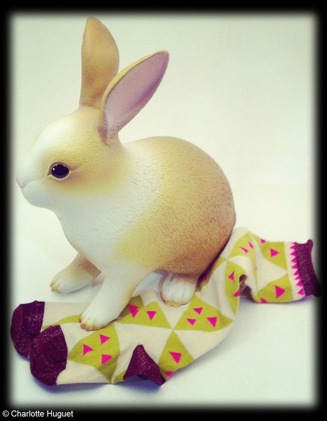 Lapin, en latex naturel, Bonton