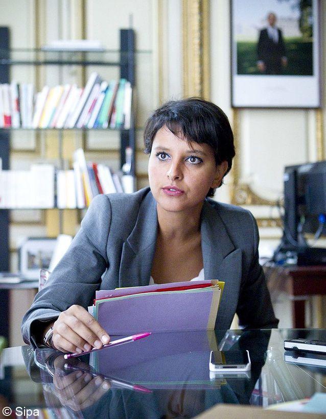 Un ministère des Droits des femmes en France.