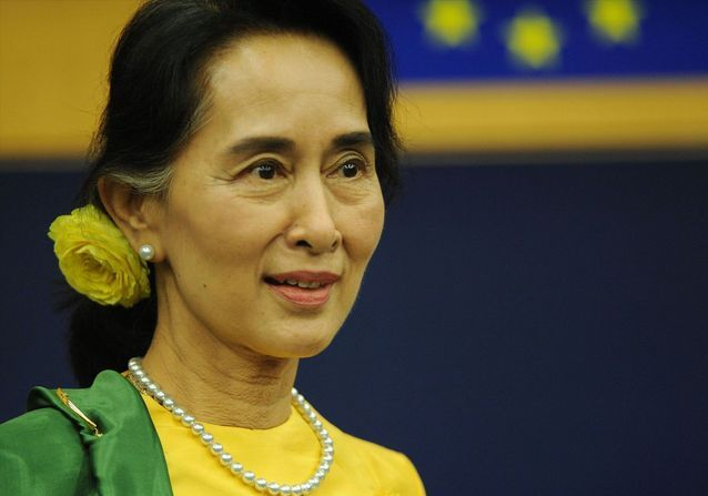 Coup d'État en Birmanie : Aung San Suu Kyi, une icône démocratique ternie