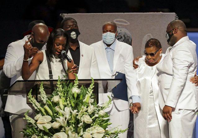 George Floyd : en images, ses obsèques rassemblent des milliers d'Américains