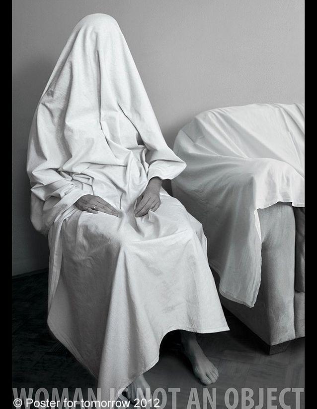 « Woman is not an Object » de Dalida Karic-Hadziahmetovic, Bosnie-Herzégovine.