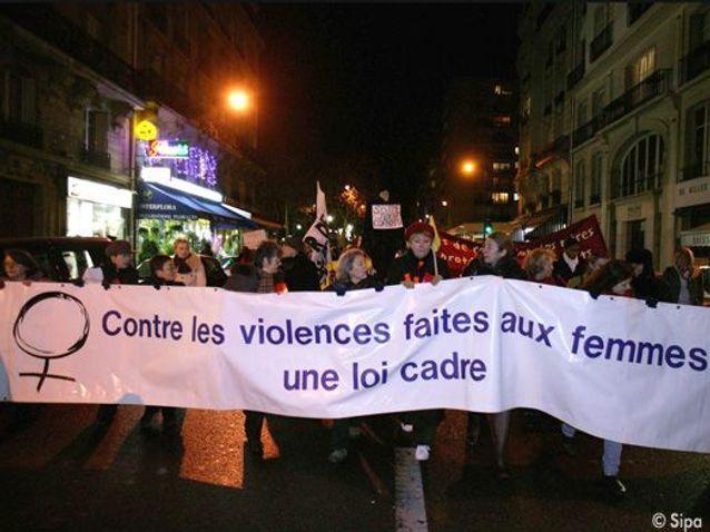 2006 Contre Violence Femmes