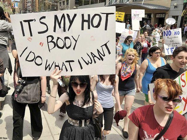 Societe marche des slapes SlutWalks boston 1
