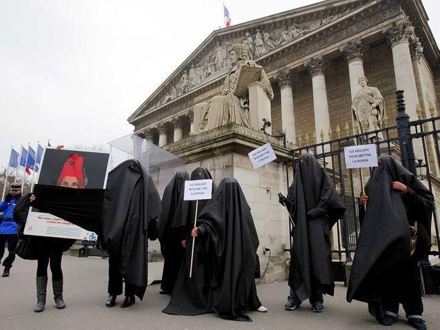 Projet de loi contre le port de la burqa
