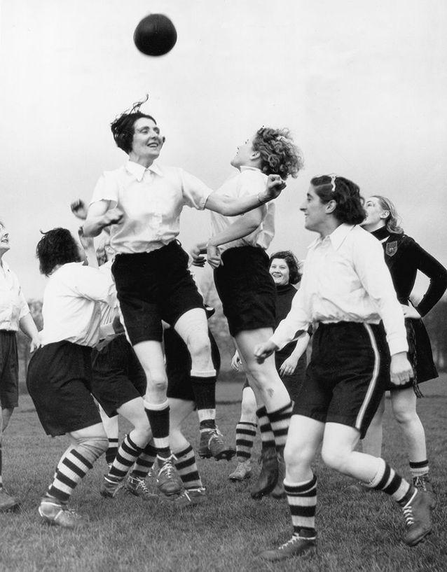 Des joueuses du club de football féminin de Preston