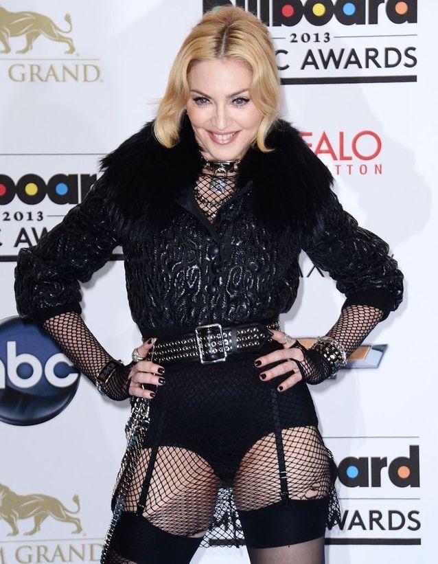 Madonna joue les Marie-Antoinette trash pour ses 55 ans