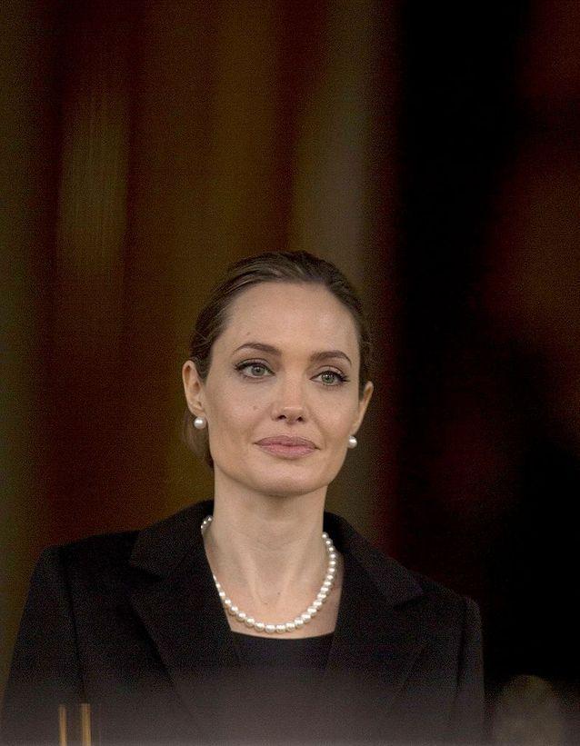 Angelina Jolie révèle qu'elle a subi une double mastectomie préventive