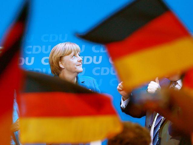 Angela Merkel rafle tous les votes
