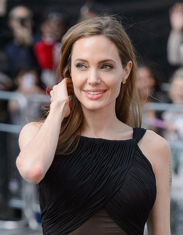 Angelina Jolie prend la parole après sa double mastectomie