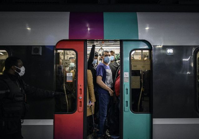 Déconfinement : en images, la reprise du métro et du RER en région parisienne