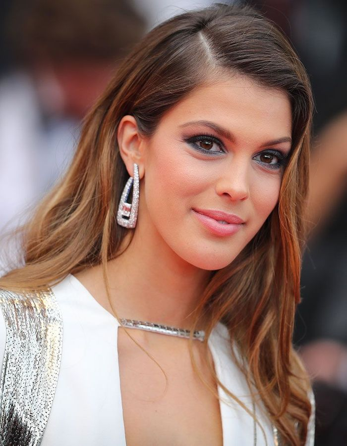Le maquillage sexy d'Iris Mittenaere à Cannes