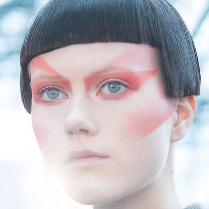 Le look japonisant de Margiela par Galliano