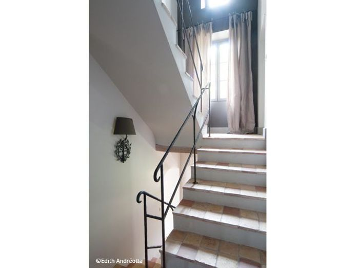 Visite maison cannes escalier