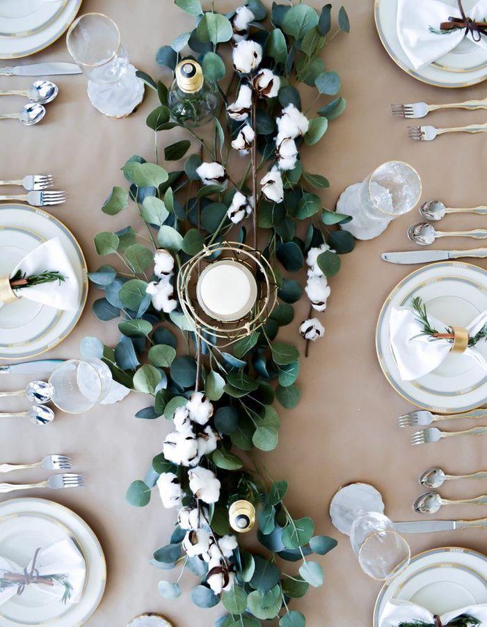 De l'eucalyptus séché en centre de table