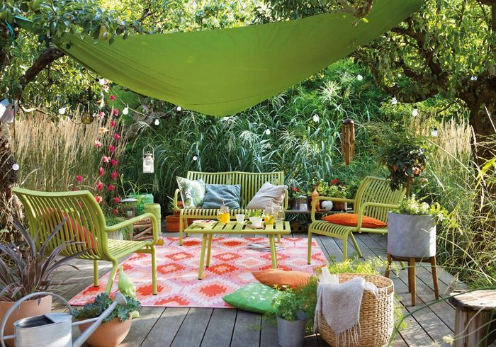Optez pour du mobilier outdoor coloré