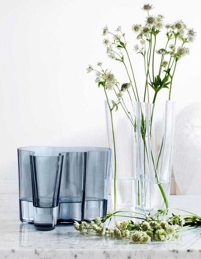 Vase féminin