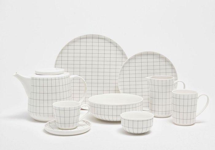 Vaisselle graphique en porcelaine Zara Home