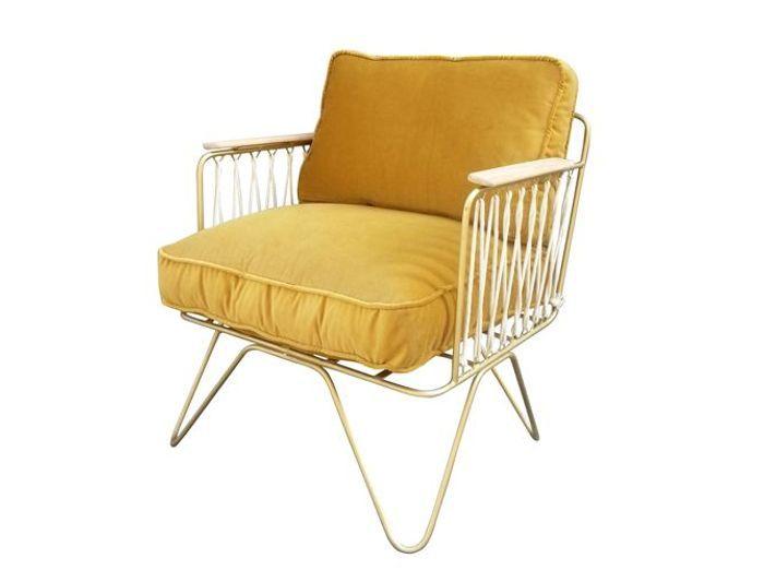 Un fauteuil design en velours
