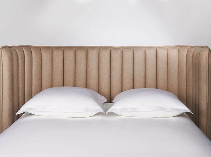 Une tête de lit enveloppante