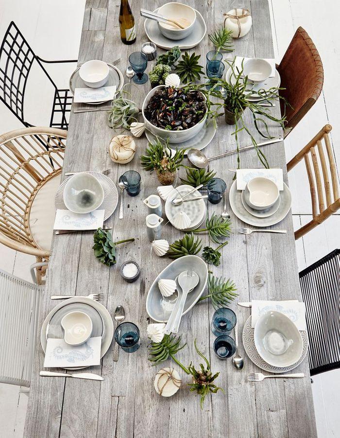 Une déco de table d'été marine