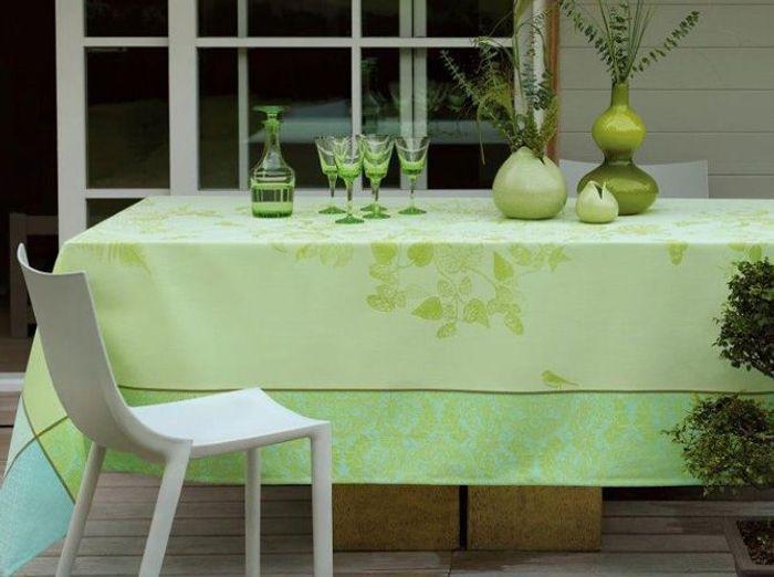 Apportez une touche de verdure à votre déco de table champêtre