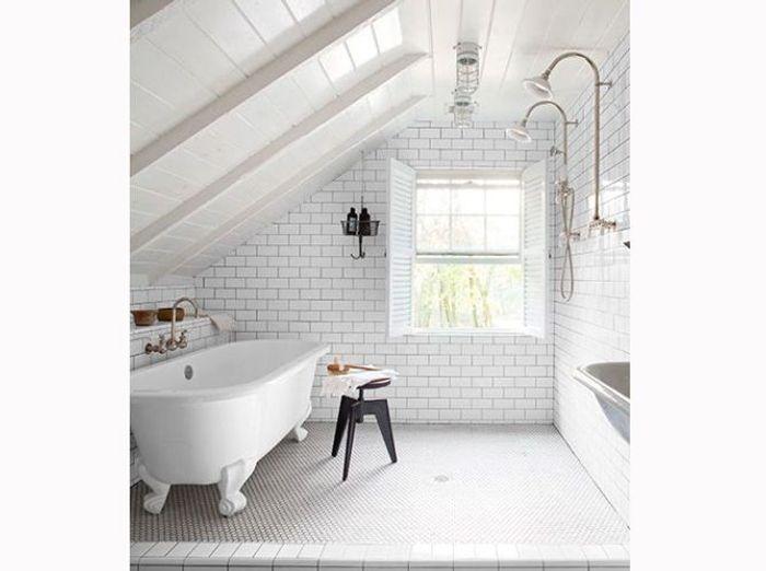 Les codes de la salle de bains r tro chic elle d coration - Salle de bains retro ...