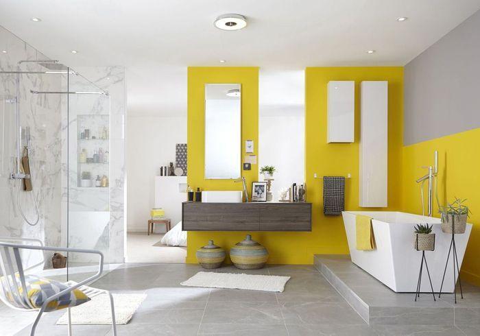 Un sol de salle de bains en dalles XXL
